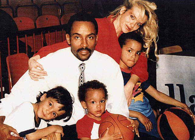 Family Photo: Young Tony Parker with his 2 brothers and parents