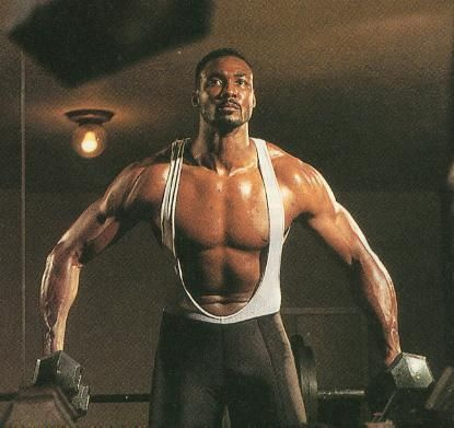 reputable site 3a963 c739b Karl Malone and the deadliest elbows in NBA history ...