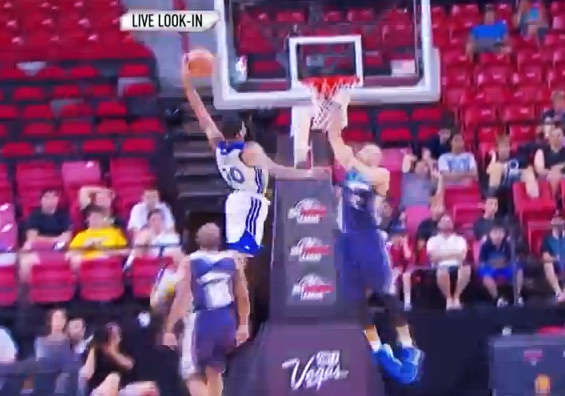 Kent Bazemore goes off in Summer League & dunks on Jackie Carmichael