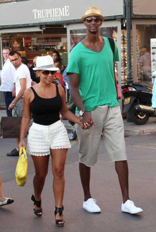 Bosh of the Day: Chef Chris Bosh & wife in the kitchen ...