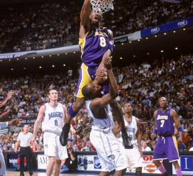 kobe_dunks_on_dwight_howard