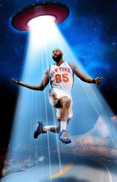Art of the Day: Proof Baron Davis was abducted by Aliens