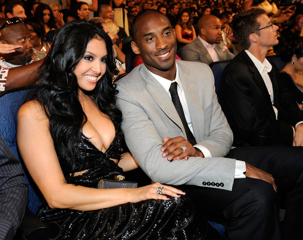 Kobe Bryant with friendly, Wife Vanessa Bryant