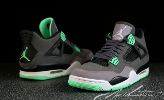 B. Griffin in AJ4 Fear Pack | AJ4 Fear Pack