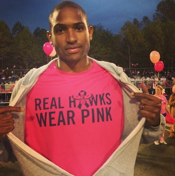 """Al Horford wears """"Real Hawks Wear Pink"""" shirts for Breast Awareness"""