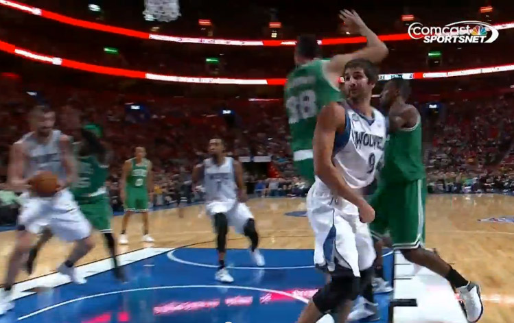 Assist of the Night: Ricky Rubio with the spinning pass to Pekovic