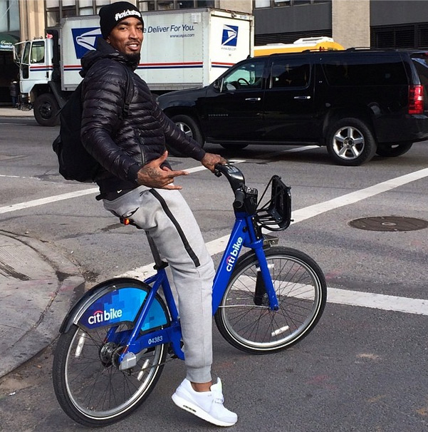 JR Smith Rides a Citibike to the Knicks Game #BikeLife