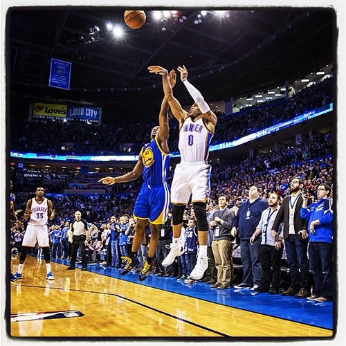 Russell Westbrook 34 points and incredible game winner vs Steph Curry & Warriors
