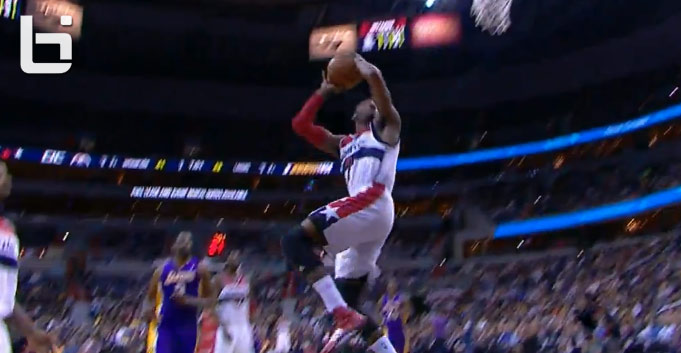John Wall scores 31, does a 360 dunk & makes me wish he was in the dunk contest