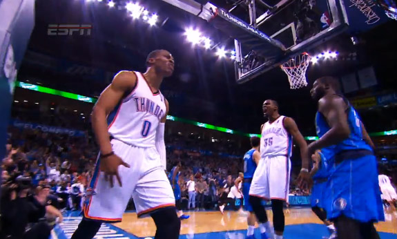 Westbrook goes coast-to-coast for the dunk & Durant likes it