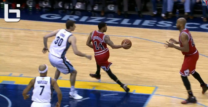 D.J. Augustin with the Magic Johnson like pass to Taj Gibson for the dunk