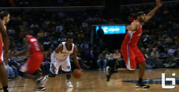 Mike Conley crossover on Darren Collison
