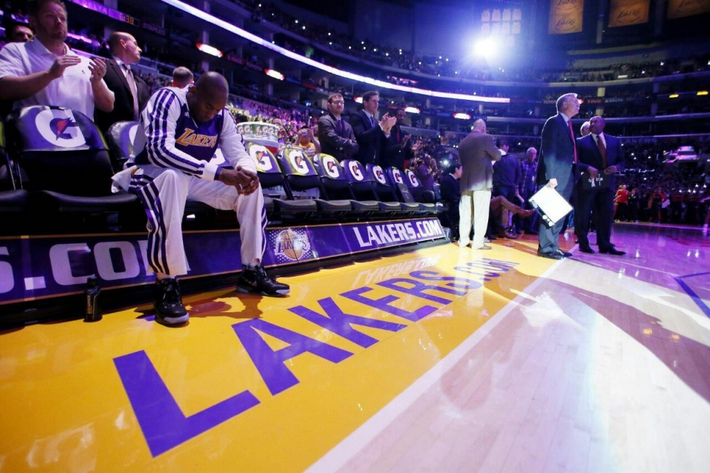 The Sights, Sounds, Stories & Stats from Kobe Bryant's return (12.8.13)