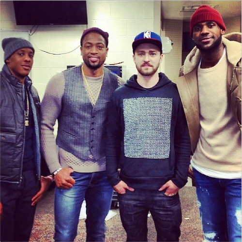 Justin Timberlake plays HORSE with Paul George after Heat game