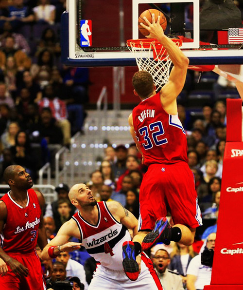Blake Griffin dunks on the Wizards then steps on Martell ...