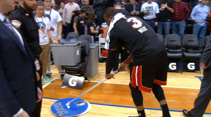 Wade throws off the glass oop & drops a video bomb on LeBron with a mop