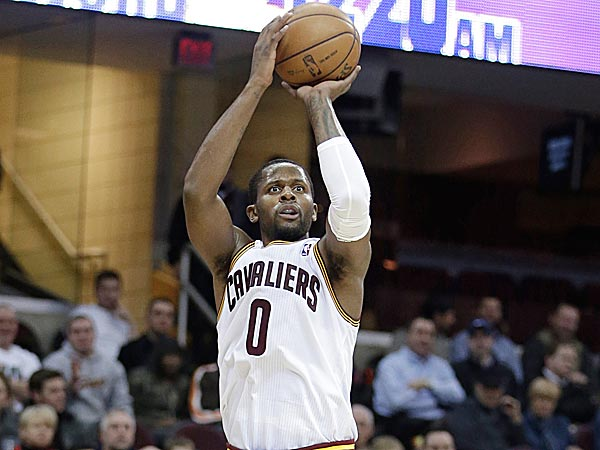 C.J. Miles scores 34 & joins the 10 3-pointers club