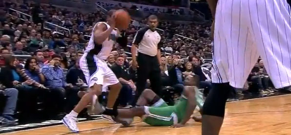 Jeff Green slips, falls, gets up and then really gets up for an alley-oop
