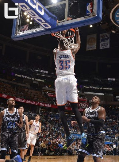 Kevin Durant with the reverse dunk & career high 12 assists