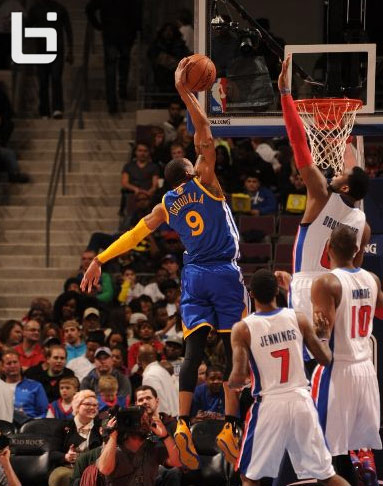Andre Drummond rejects Iguodala's dunk attempt