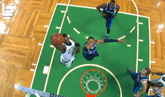 Jeff Green posterizes Shawn Marion