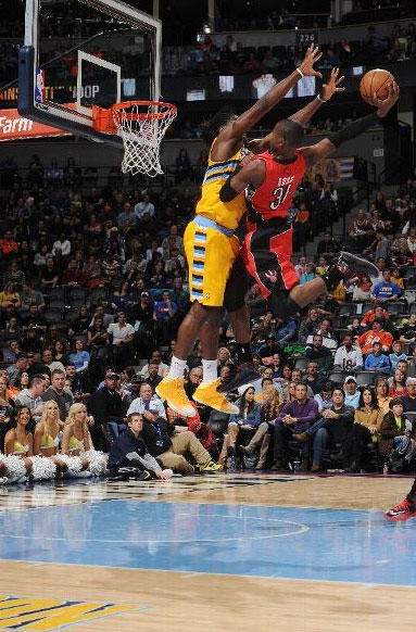 Terrence Ross dunks on Kenneth Faried | Preparing to ...