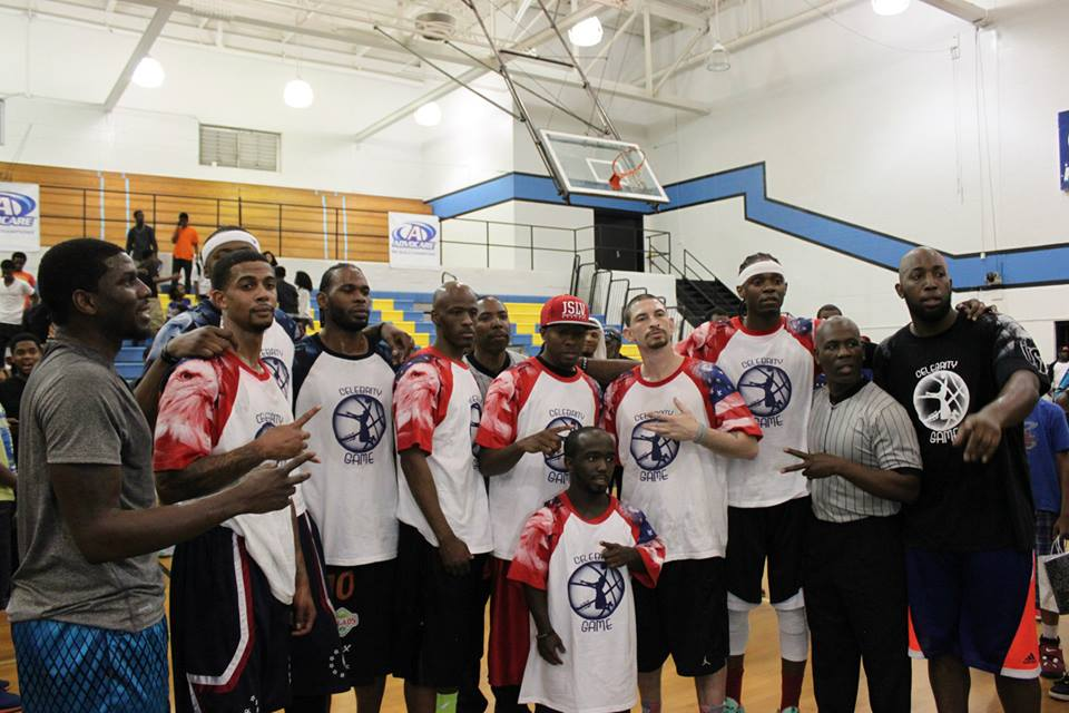 Hot Sauce, White Chocolate & Guy Dupuy put on a show at Willie Barnes' Celeb Streetball game