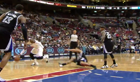 Tony Wroten Breaks McCallum s Ankles with the Filthy Cross   YouTube