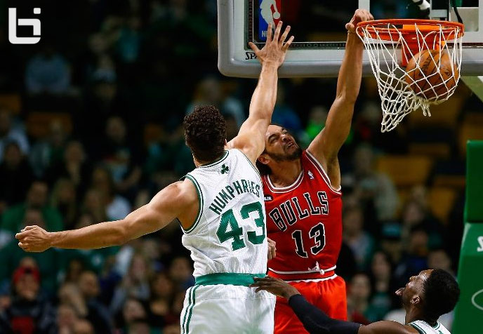 Joakim Noah flirts with triple double (13pts 13asts 8rebs) & dunks on Kris Humphries