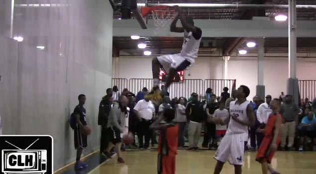 6th Grader Shemar Morrow scores 53, dunks in a game & gets a tech for hanging on the rim
