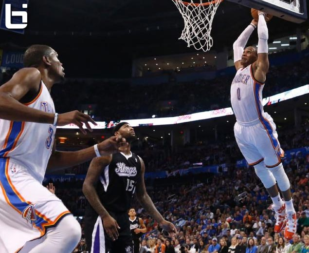 westbrook throws down alleyoop dunk from durant