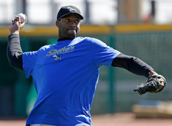 Sugarland Skeeters have invited Tracy McGrady to 2014 Spring Training