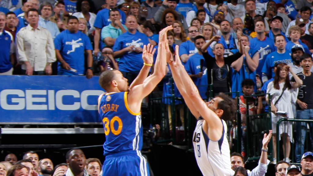 Stephen Curry Hits the Dagger in Overtime to Bury the Mavericks