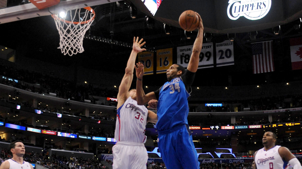 Brandan Wright's Nasty Slam Over Blake Griffin