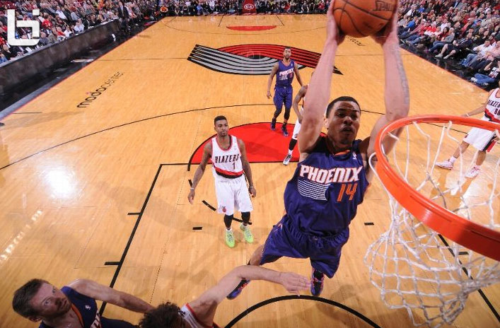 Gerald Green goes off on the Blazers & throws an off the backboard self-oop for the dunk