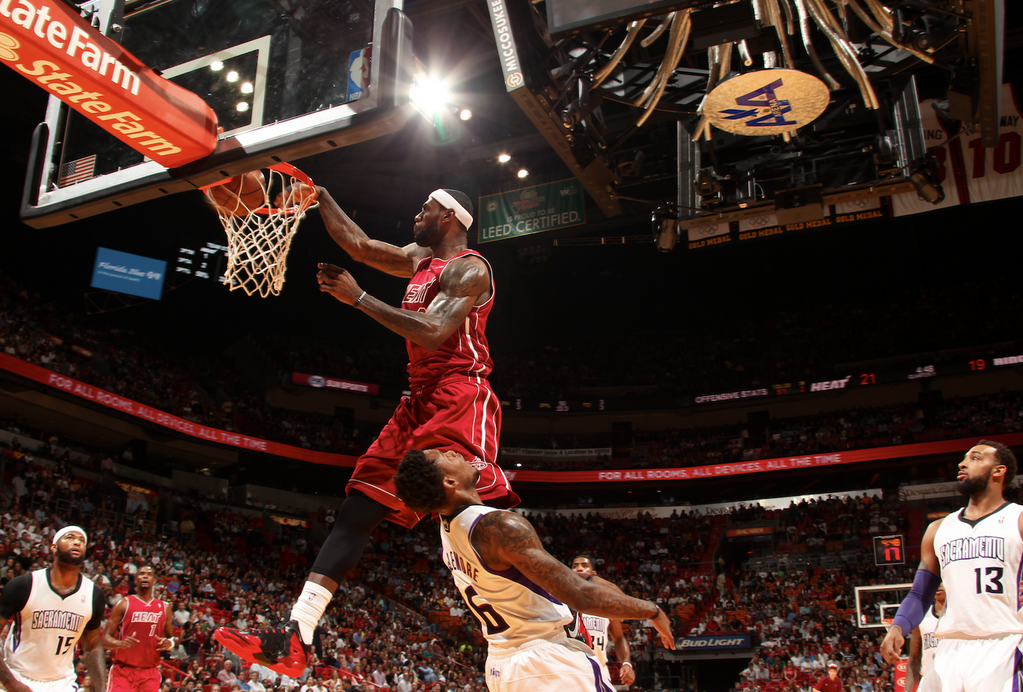 lebron-james-ben-mclemore-poster-dunk1