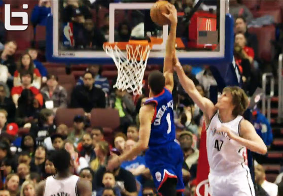 Michael Carter-Williams & teammate Elliot Williams with the dunks of the night