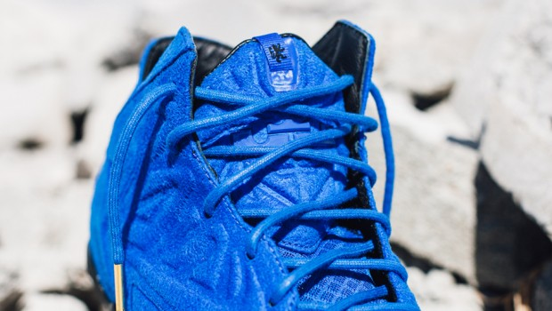 nike-lebron-xi-ext-blue-suede-3