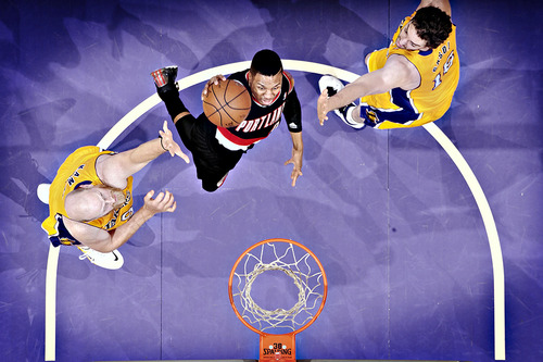 Damian Lillard's Nasty Dunk Over Paul Gasol & Chris Kaman