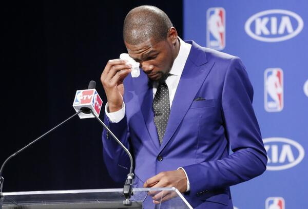 Kevin Durant's Emotional MVP Speech, Touching Dedication To His Mom