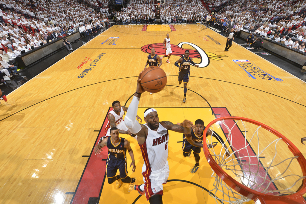 LeBron James Emphatic Coast-to-coast Dunk in Game 4