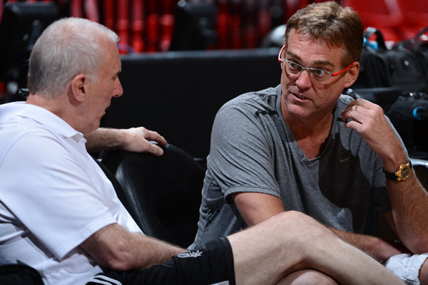 Spurs GM R.C. Buford wins first NBA Executive of the Year award