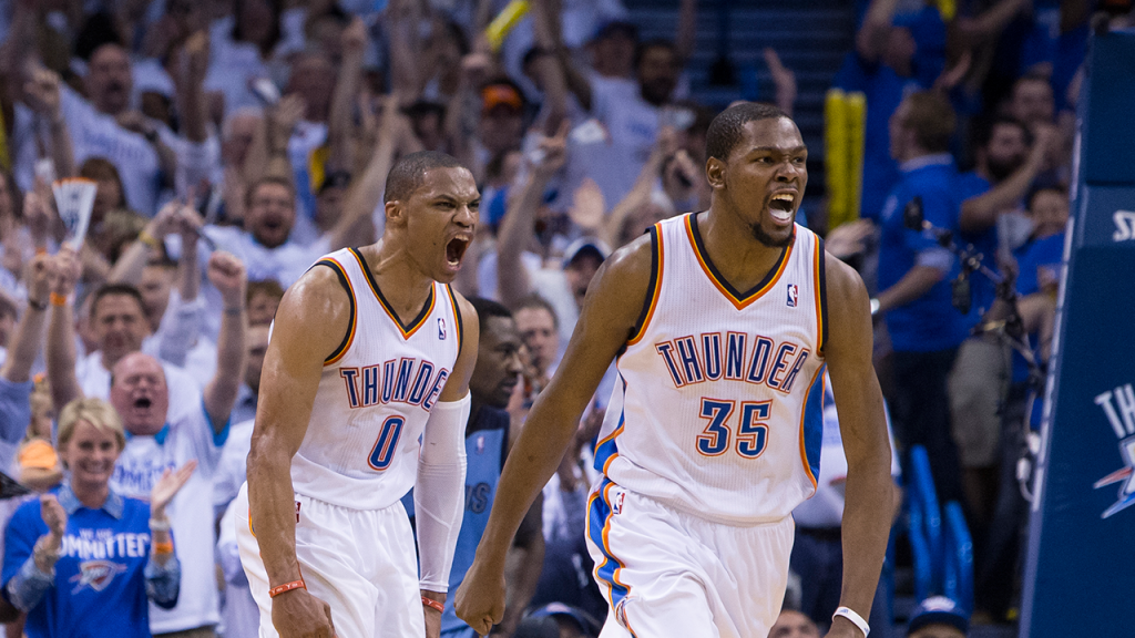 Russell Westbrook & Kevin Durant Combine for 63 Pts to Help Thunder Beat Clippers