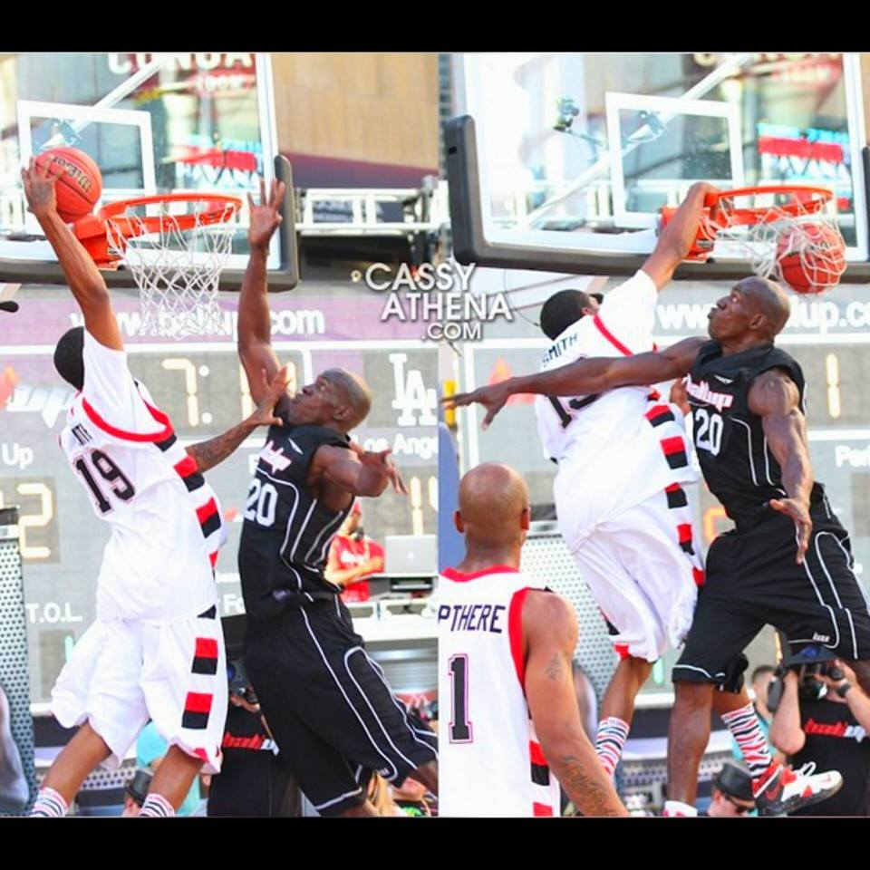 Sick poster dunk by G-Smith then Special FX points at defender