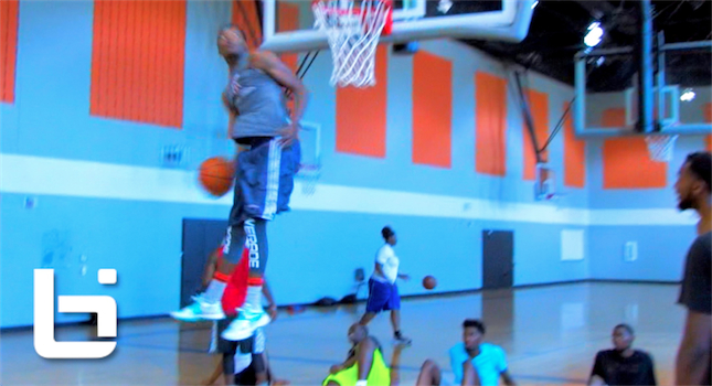 Unknown Hooper Does The CRAZIEST DUNK You'll See All Summer!
