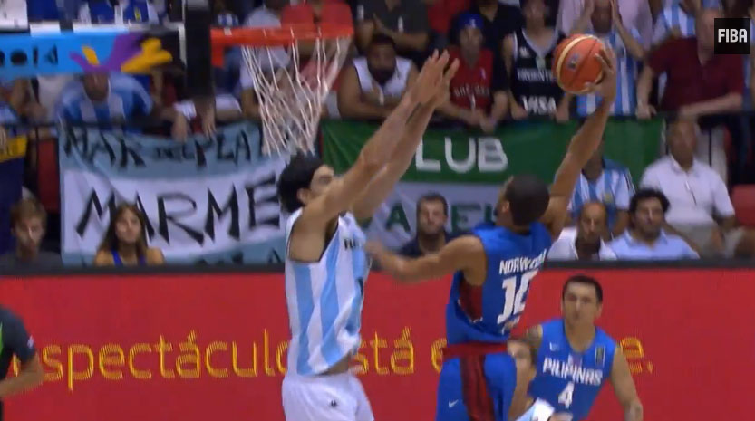 Luis Scola unsuccessfully tried to block Gabe Norwood's dunk…with 2 hands!