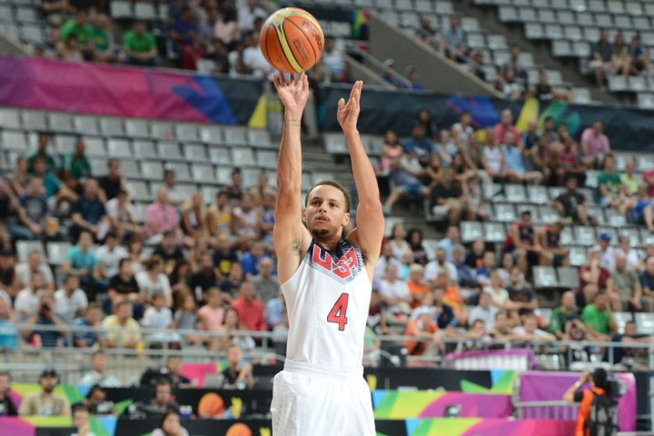 Stephen Curry catches fire in Team USA's 86-63 win over Mexico