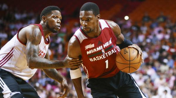 Chris Bosh impressive moves & dunk at Red, White & Pink Heat Scrimmage