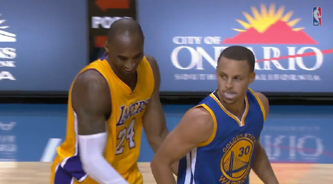 Kobe slaps Steph Curry's butt after Curry hits a 3 in his face