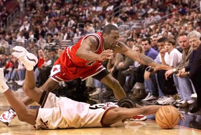 """Allen Iverson – Top 15 Hustle Plays + """"Injuries"""" commercial"""